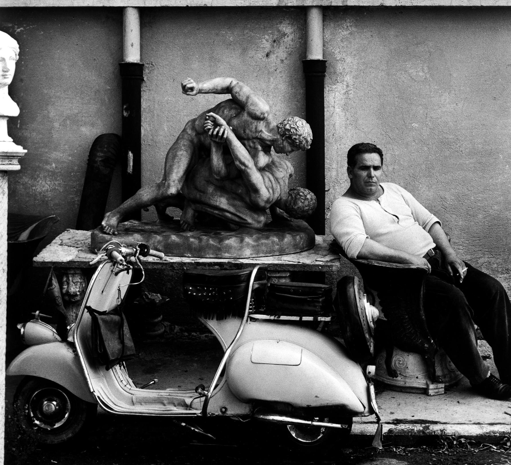 WILLIAM KLEIN_ROMA, 1956